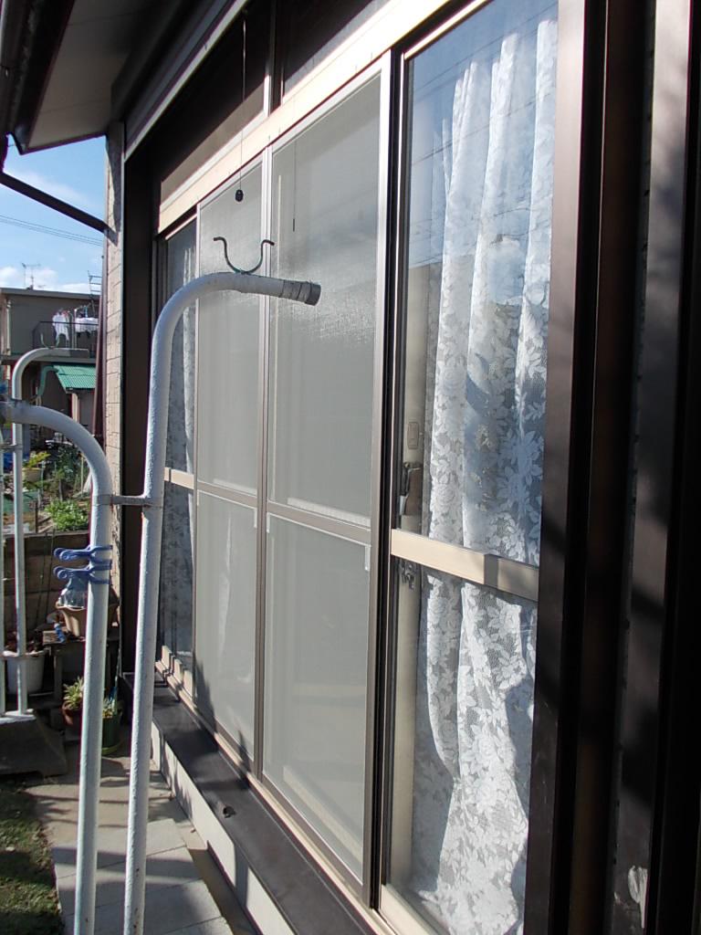 代わり 網戸 の 窓に網戸がないと不便かも 代わりの方法や取り付けするには?